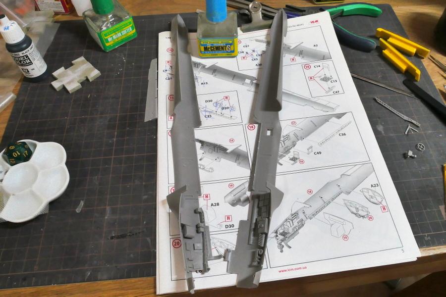 DORNIER Do215B-4 GERMAN RECONNAISSANCE PLANE ICM 1/48 MAKING