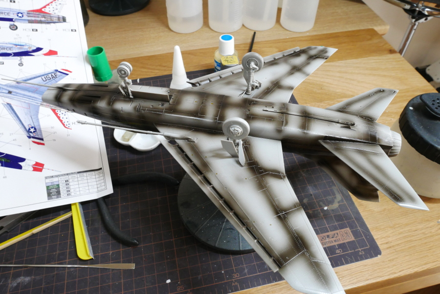 F-100D SUPER SABRE THUNDERBIRDS TRUMPETER 1/48 PAINTING