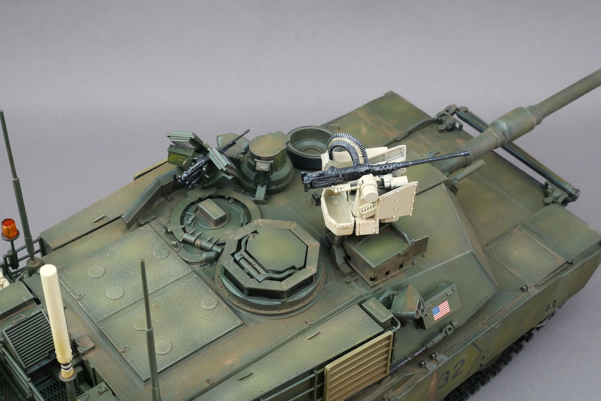 M1A2 SEP V2 ABRAMS VOIIO 1/35 FINISHED WORK