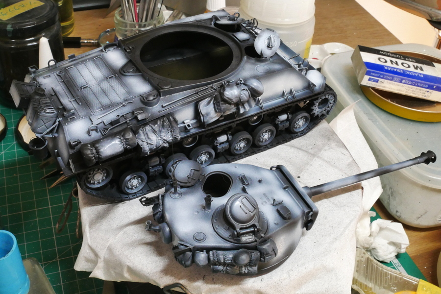 M4A3E8 Sherman Easy Eight Aska 1/35 Painting
