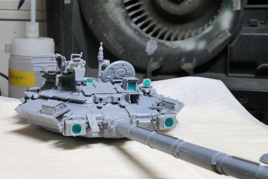 T-90 RUSSIAN MAIN BATTLE TANK ZVEZDA 1/35 PAINTING