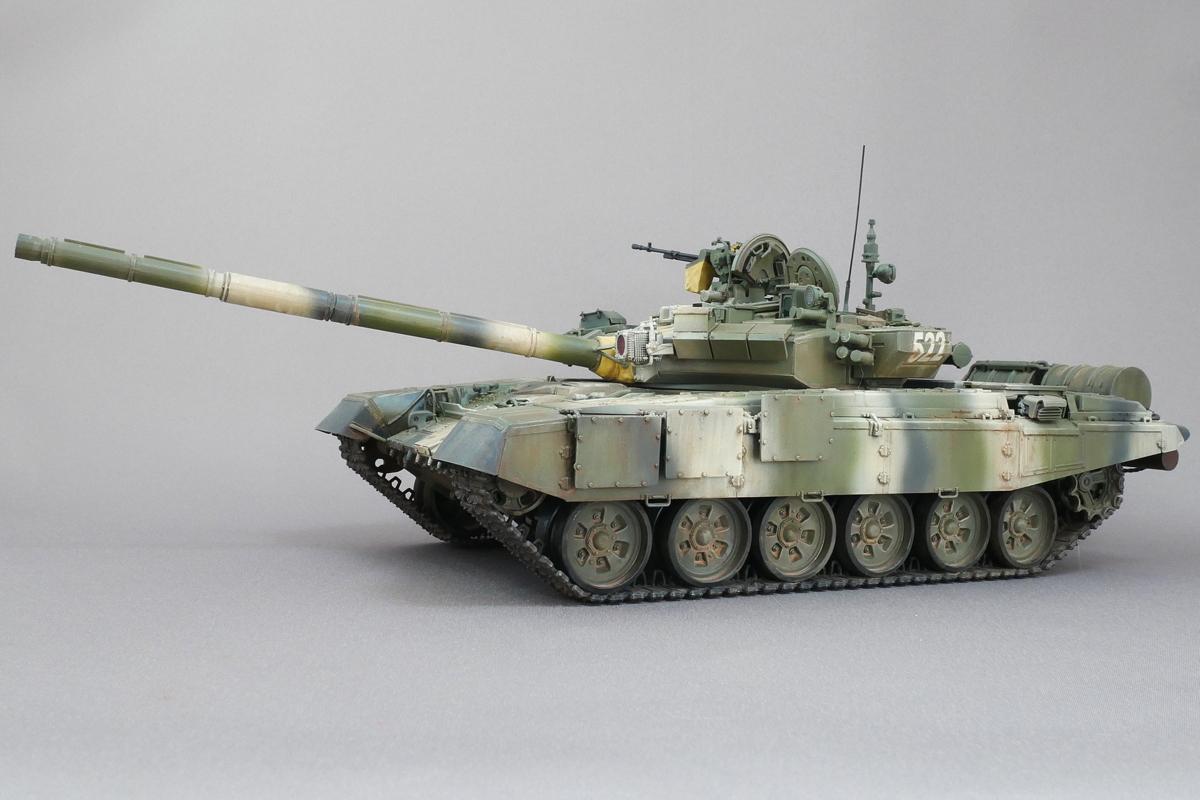 T-90 RUSSIAN MAIN BATTLE TANK ZVEZDA 1/35 FINISHED WORK
