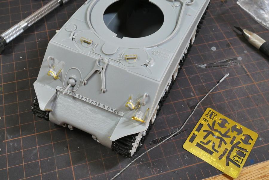 SHERMAN TANK M4A2 (76) RED ARMY DRAGON 1/35 MAKING