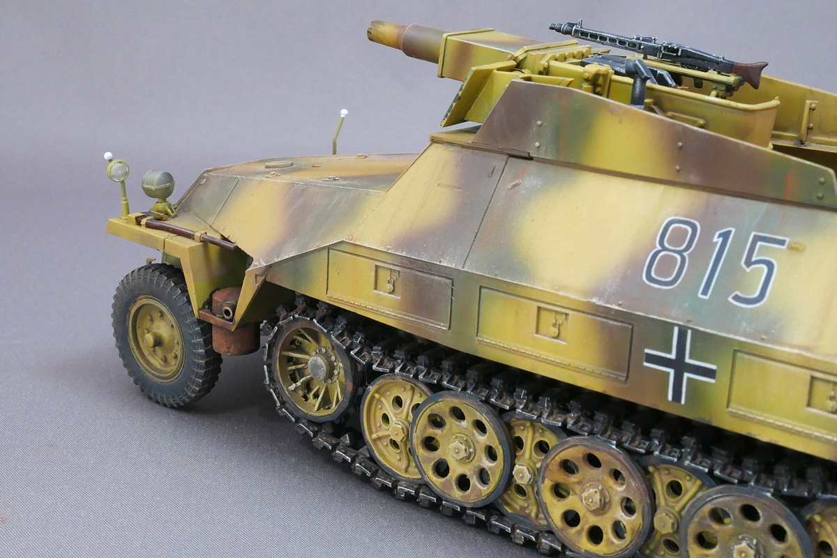 Sd.Kfz.251/9 Ausf.D KANONENWAGEN AFV CLUB 1/35 FINISHED WORK