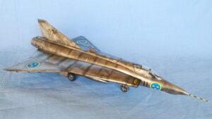 ドラケン S35E スウェーデン空軍 写真偵察機 ハセガワ 1/48 完成写真 メタリック塗装