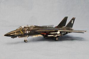 F-14A ブラックトムキャット レベル 1/144 完成写真 一番カッコよく見える