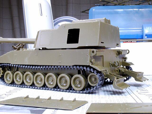 M109A6 パラディン イタレリ 1/35 車体後部の支柱