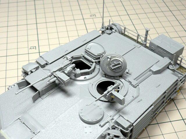 M1A1エイブラムス AIM ドラゴン 組立 ハッチ開閉