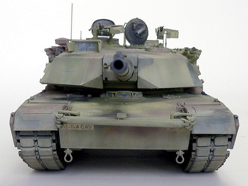 M1A1エイブラムス AIM ドラゴン 完成写真 正面