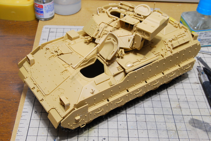 M2A2ODS ブラッドレー タミヤ 1/35 組立完了