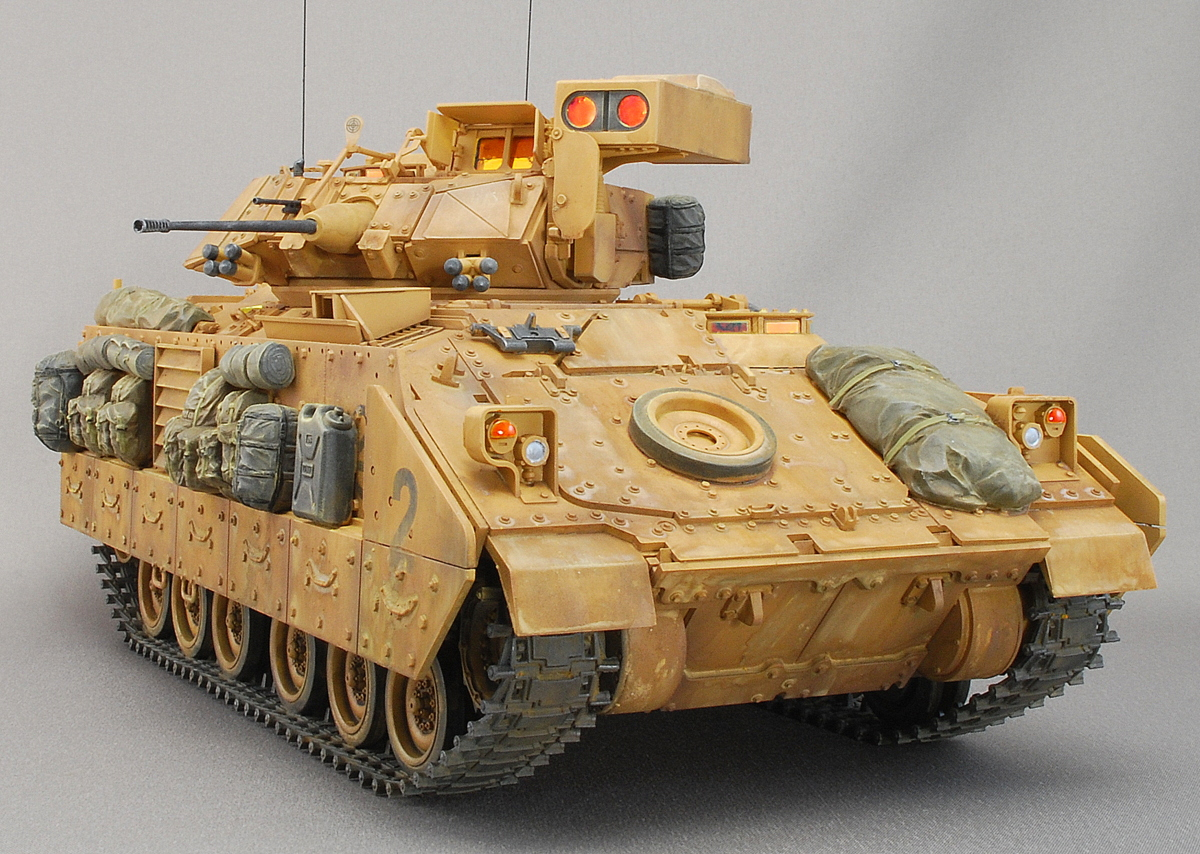 M2A2ODS ブラッドレー タミヤ 1/35