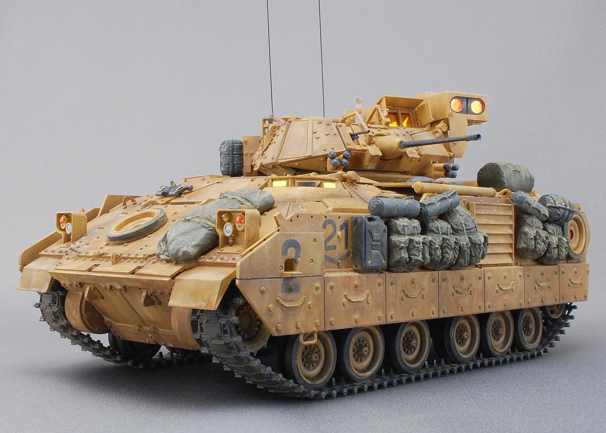 M2A2ODS ブラッドレー タミヤ 1/35 完成写真 ブラッドレーが正式化されてから35年以上