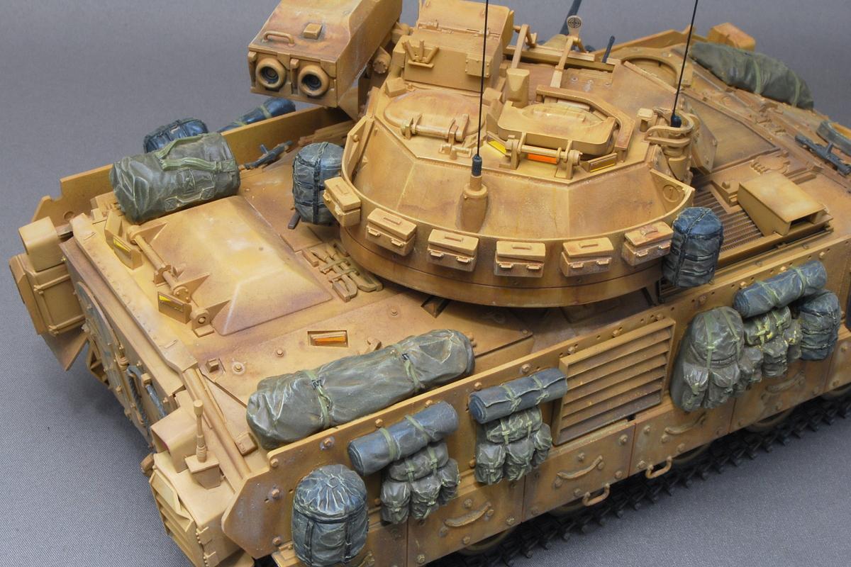 M2A2ODS ブラッドレー タミヤ 1/35 完成写真 増加装甲や装備品増加装甲や装備品