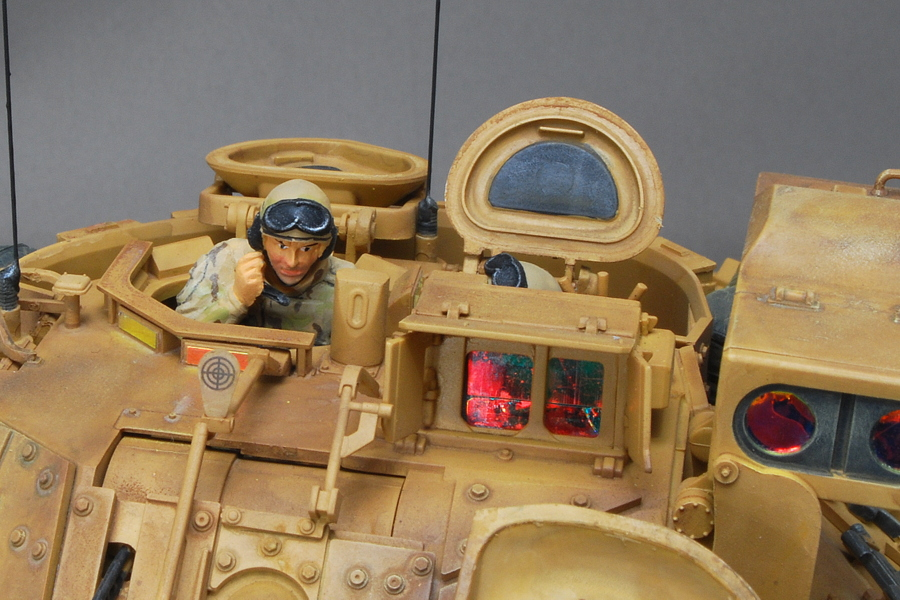 M2A2ODS ブラッドレー タミヤ 1/35 完成写真 ミリタリーフィギュア