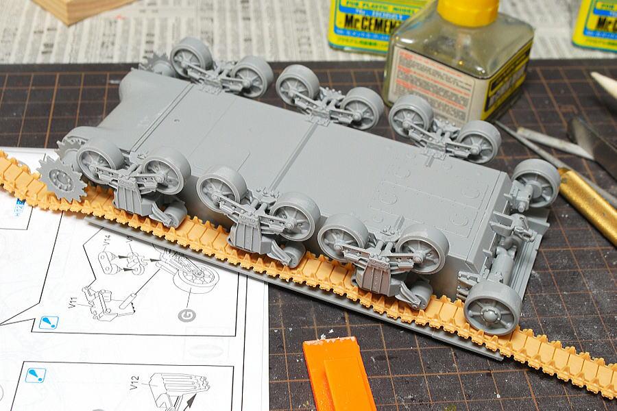 M4A2シャーマン戦車 ドラゴン 1/35 ベルト式のキャタピラ