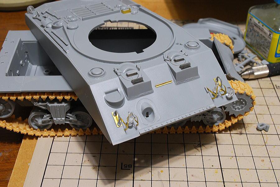 M4A2シャーマン戦車 ドラゴン 1/35 ライトガードなどはエッチングパーツ