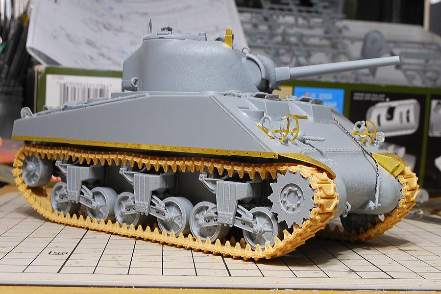 M4A2シャーマン戦車 ドラゴン 1/35 ディーゼルエンジン