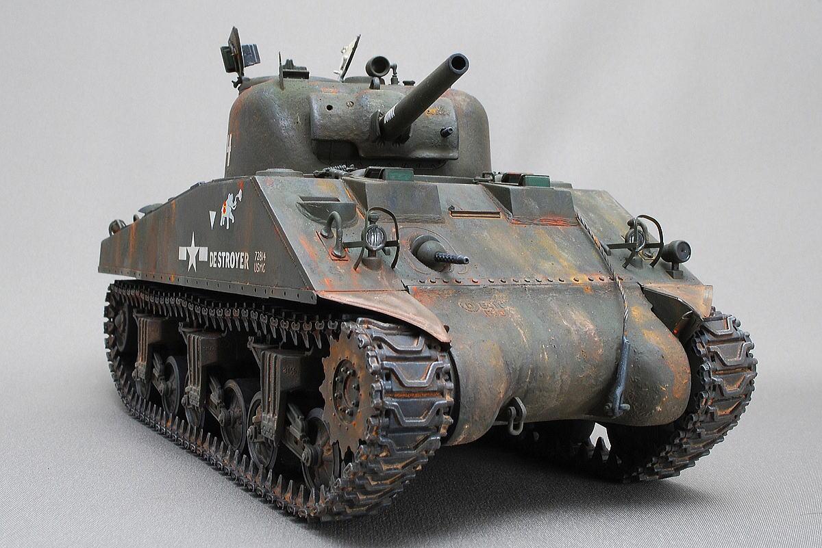 M4A2シャーマン戦車 ドラゴン 1/35 完成写真 武装は75㎜砲搭載タイプ