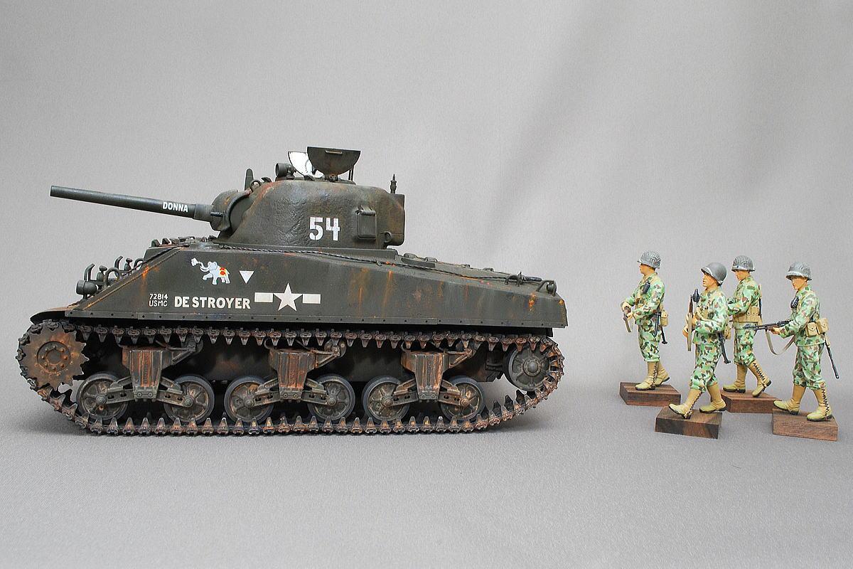 M4A2シャーマン戦車とアメリカ軍歩兵 ドラゴン 1/35