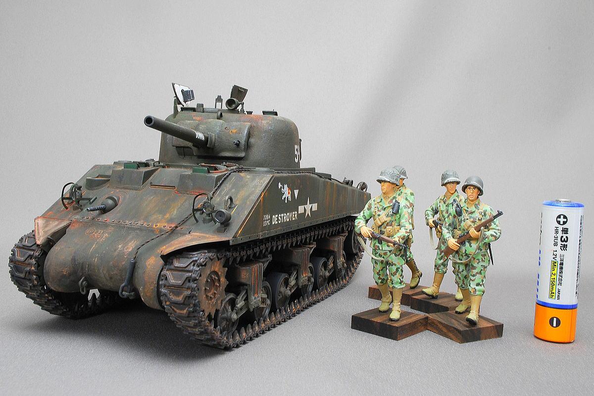 M4A2シャーマン戦車とアメリカ軍海兵隊 ドラゴン 1/35