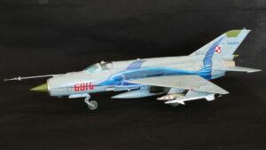 MiG-21MF アカデミー 1/48 完成写真 MFは輸出型の機体 ポーランド空軍