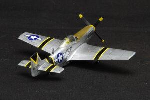 P-51D マスタング プラッツ 1/144 完成写真 マーキング 第15戦闘航空群第47戦闘飛行隊 硫黄島 1945年
