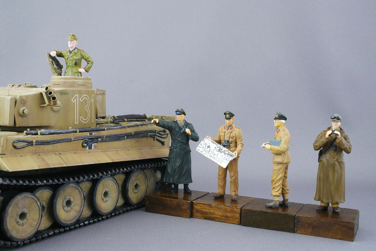 WWII ドイツ軍 砂漠の狐 ドイツアフリカ軍団 ロンメル将軍&将校 北アフリカ 1942 ドラゴン 1/35 完成写真