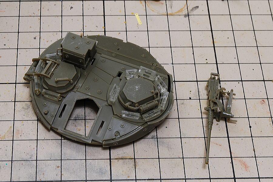 M1128 MGSストライカー AFVクラブ 1/35 機銃の組立
