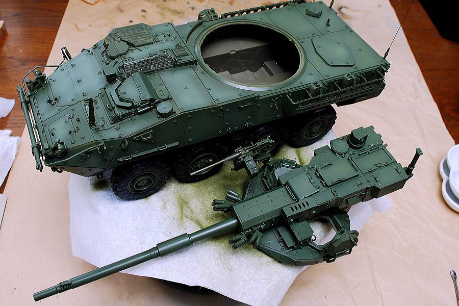 M1128 MGSストライカー AFVクラブ 1/35 少し色の濃淡