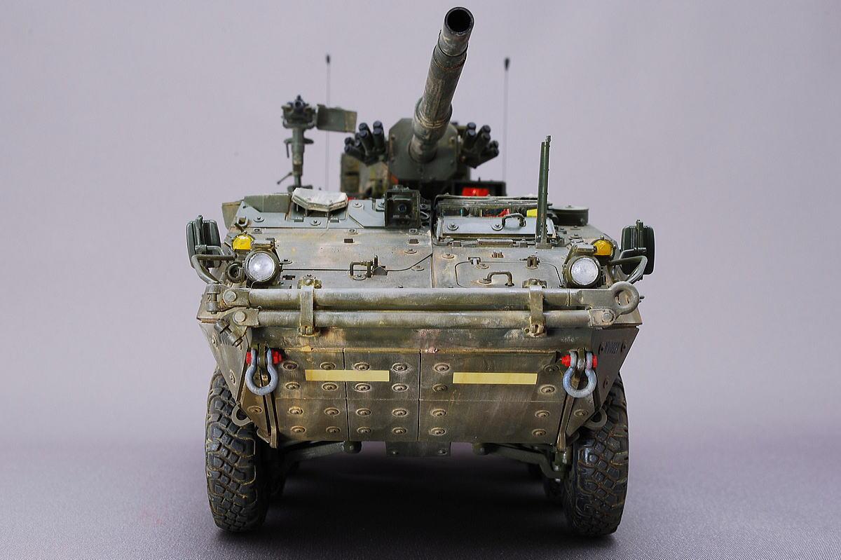 M1128 MGSストライカー AFVクラブ 1/35 完成写真 真正面からも一枚