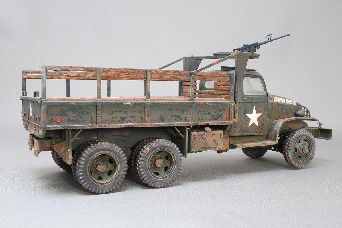 2.5トン カーゴトラック 6 x 6 イタレリ 1/35 完成写真 実際は木製の部分もオリーブドラブ