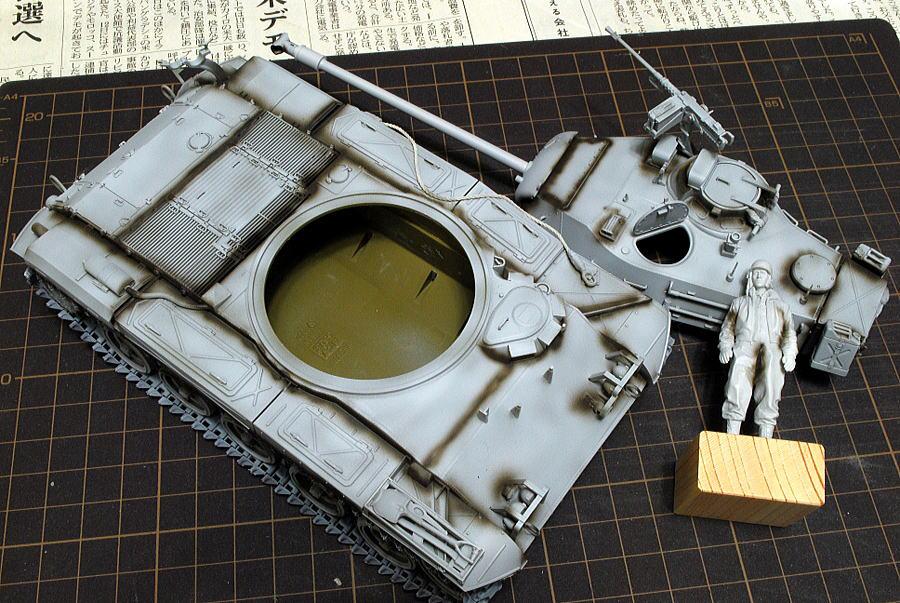 M41A3 ウォーカー・ブルドッグ AFVクラブ 1/35 塗装中