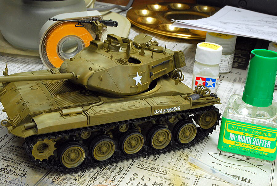 M41A3 ウォーカー・ブルドッグ AFVクラブ 1/35 塗装 デカール貼り