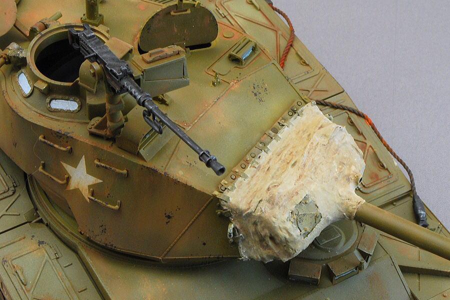 M41A3 ウォーカー・ブルドッグ AFVクラブ 1/35 完成写真 防盾のキャンバスカバーはティッシュとパテで自作